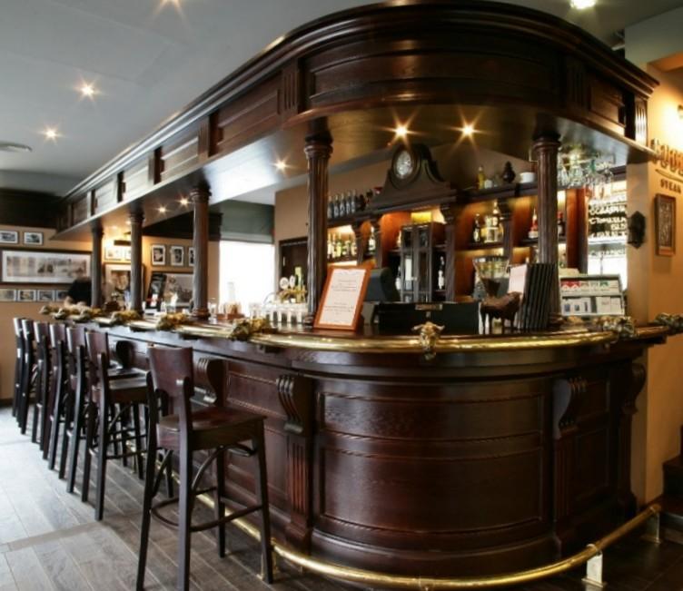 Arredo bar stile classico Roma ESCAPE='HTML'