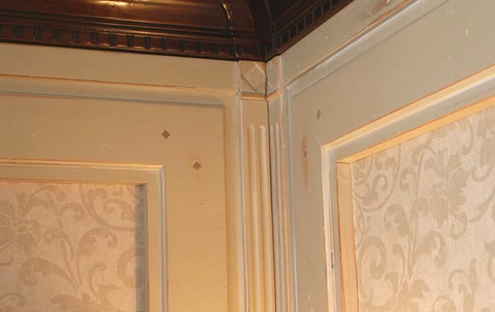 Boiserie salone laccate Roma