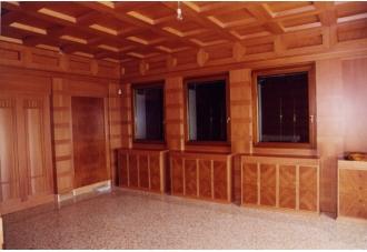 Boiserie in legno di pero