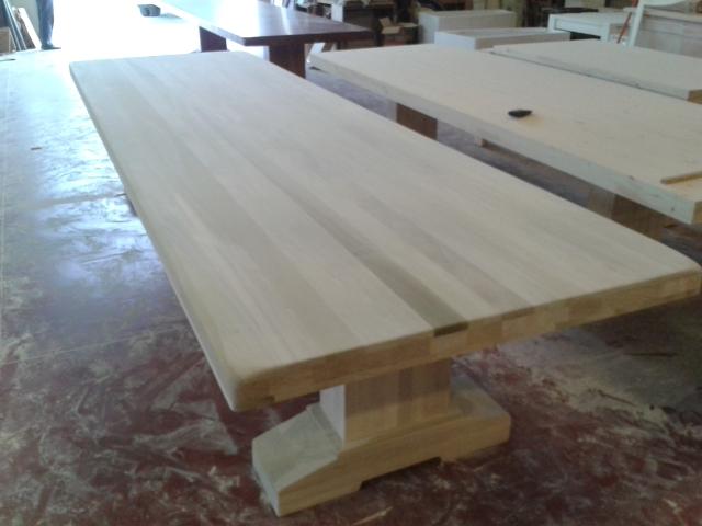 produzione artigianale tavoli massicci